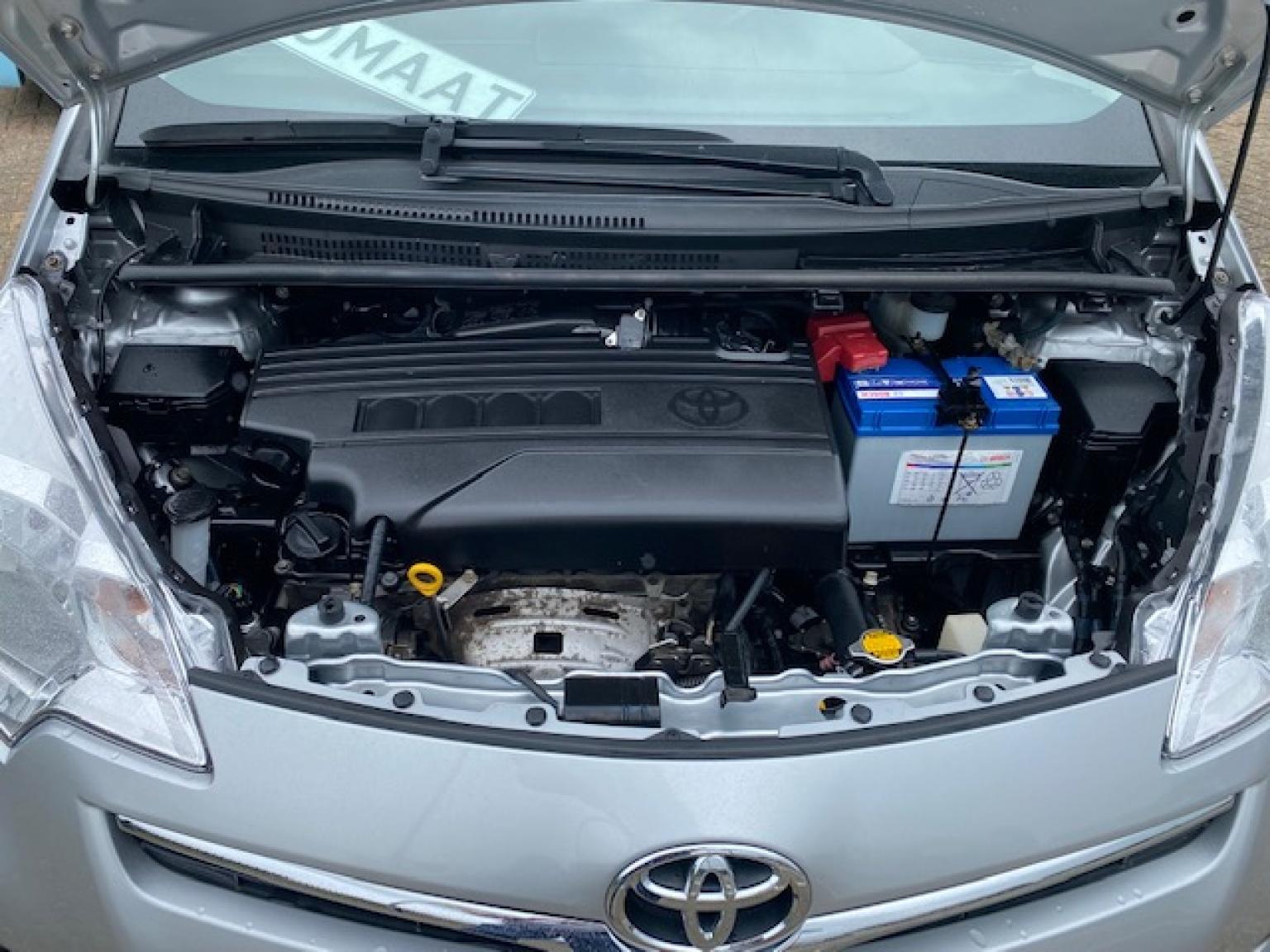 Toyota-Verso-S-20