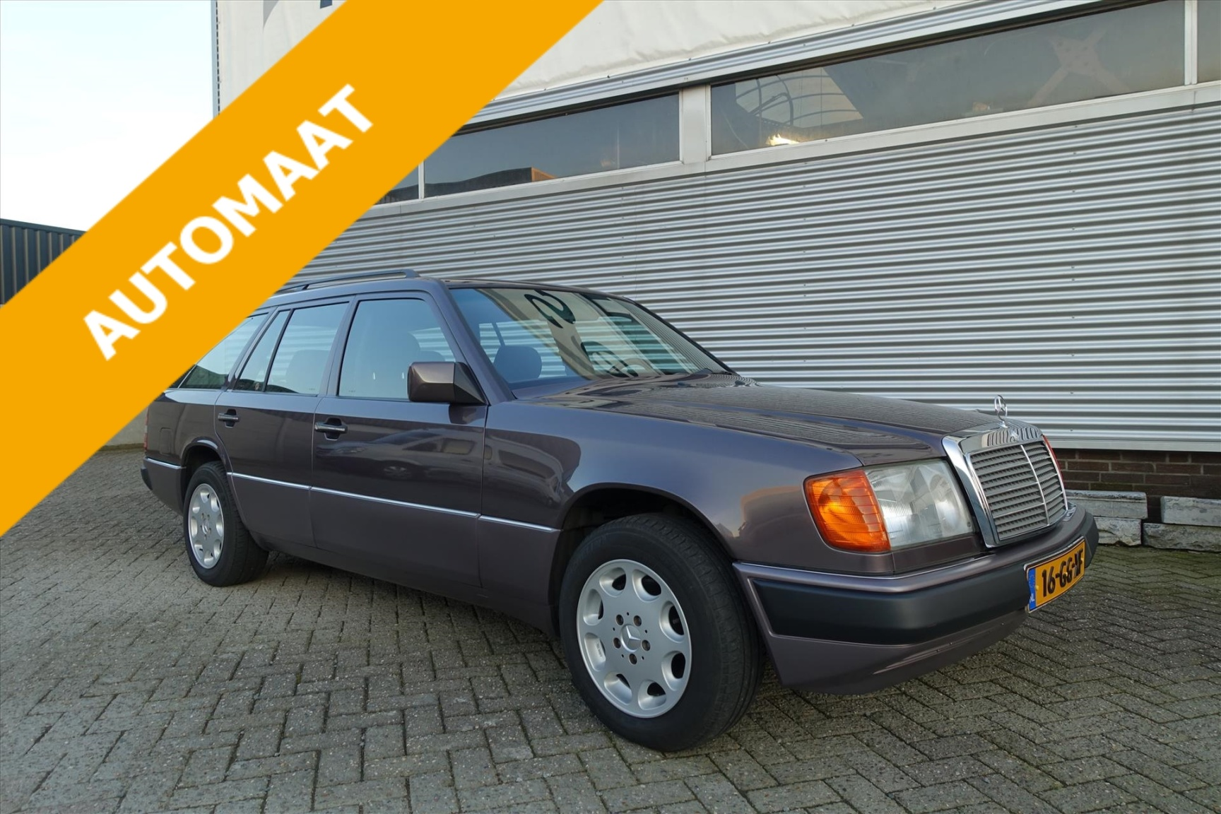 Mercedes-Benz-200-serie-0