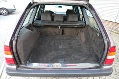 Mercedes-Benz-200-serie-7